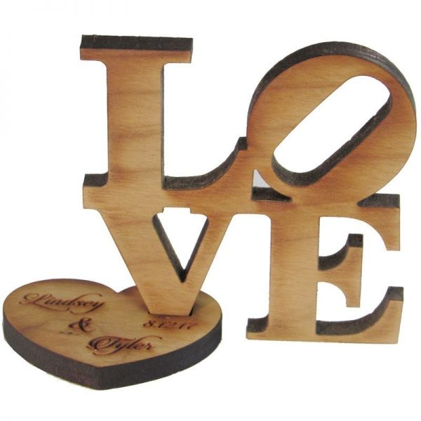 0003847_love-block-wooden-picture-holder-4-x-4-with-metal-heart-at-4-12-high.jpeg